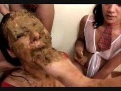 Le Saco La Caca - free porn videos